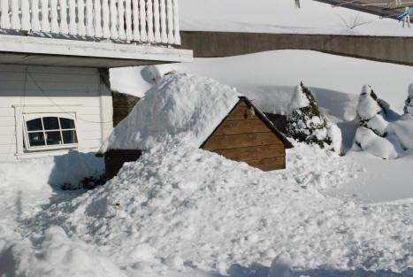 lage is av snø